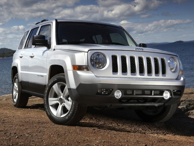 2011-Jeep-Patriot-Front-Angle-View-660x495
